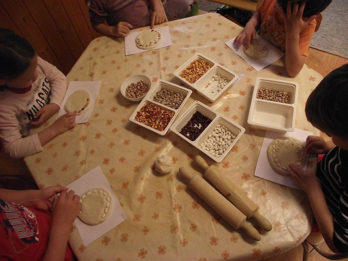 Dombormű készítés magvakból